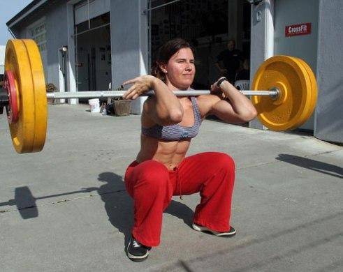 Eva-Twardokens-front-squat
